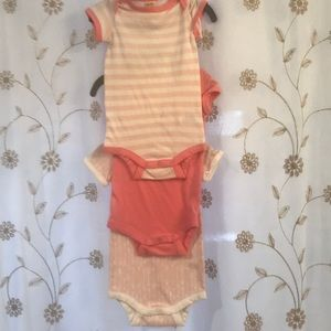 3 Harper canyon baby girls onesies size 3 months